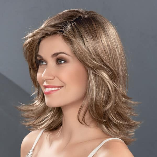 Splendid wavy wig left side