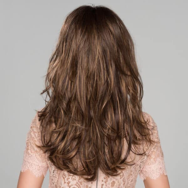 Pretty wavy wig back
